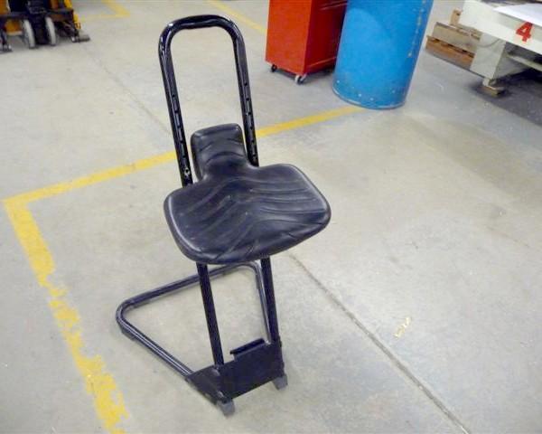 114 Adjustable Stool