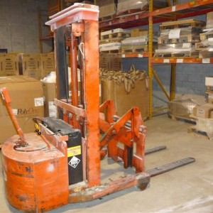 32 Kenneth Fraser Fork lift