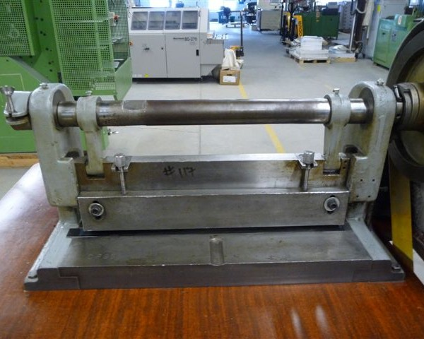 92A Electric tabletop punch