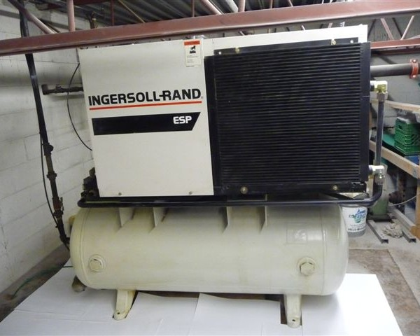 99A screw compressor