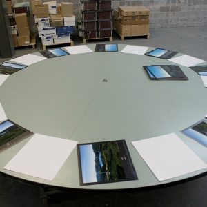 rotating-table2
