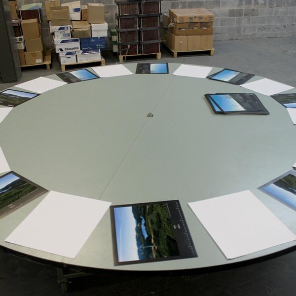 rotating-table2
